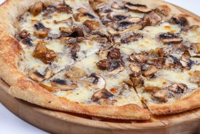 """Пицца """"Тартюфо"""" с разными грибами"""