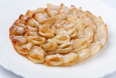 in apple pie with ice cream